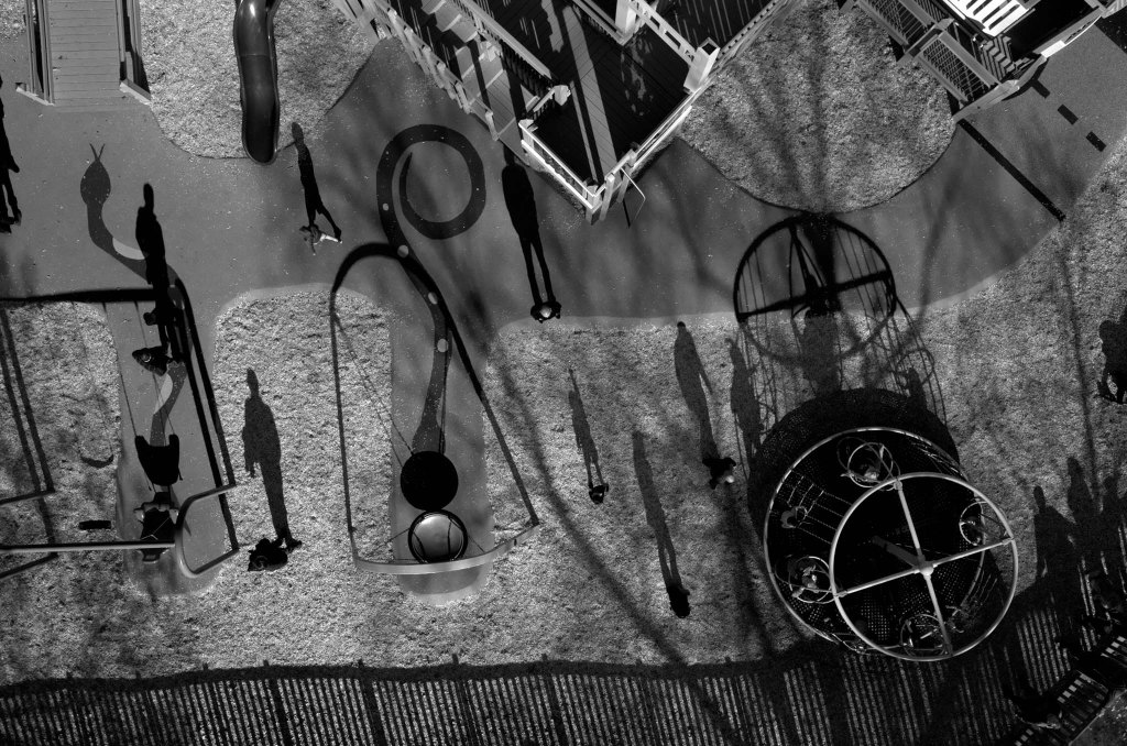 Tomas van Houtryve -A playground seen from above in Sacramento County