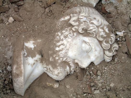 Bust d'Adrià trobat a Sagalassos  Turquia