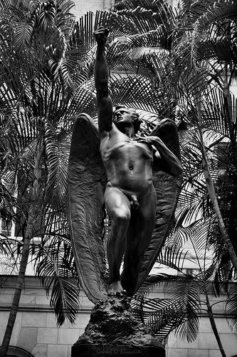 Angel rebelde del siciliano Buemi en La Habana