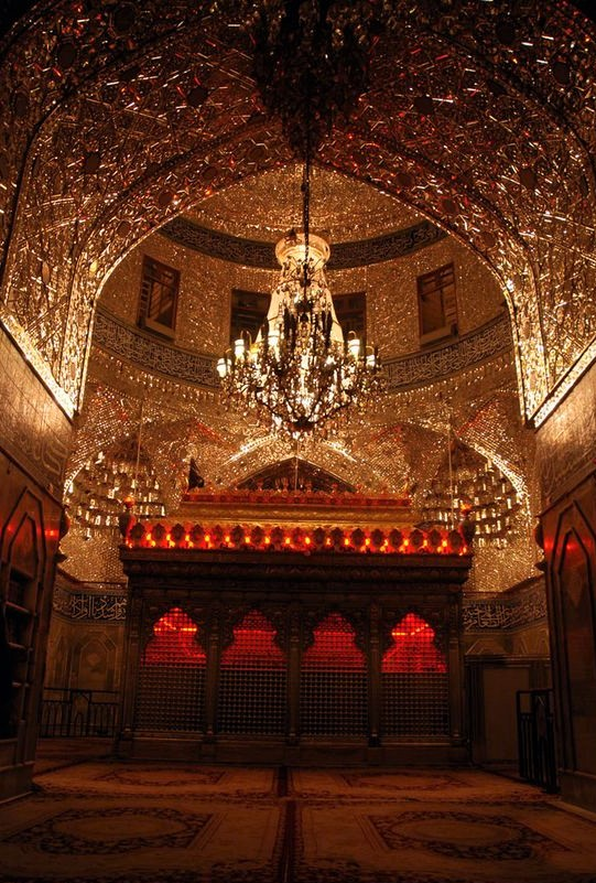 inside-shrine-of-imam-hussain-a-s-in-karbala-iraq