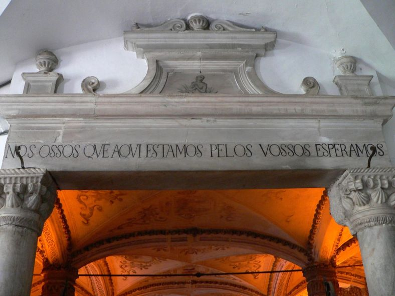 Capela dos Ossos in Évora, Portugal