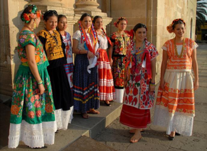 Trajes regionales de Oaxaca -patrimonio cultural e inmaterial.jpg